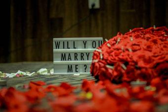 sorpresa san valentino proposta di matrimonio