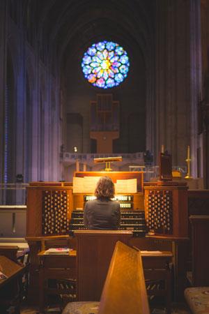 Musica-per-matrimonio-organo_Matrimoni-con-laccento_Roberta-Patane