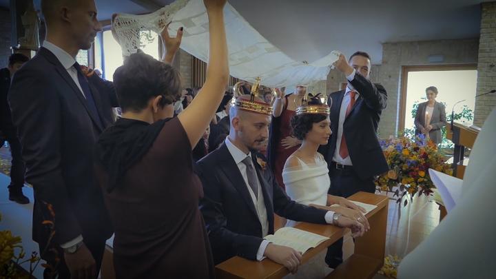 Rito-della-velazione_Matrimoni-con-laccento_Roberta-Patane