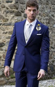 Abito-tradizionale-blu-da-sposo-Lanieri_Roberta-Patane_Matrimoni-con-laccento