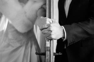 First-look_first-touch_mani_Matrimoni-con-laccento_Roberta-Patane