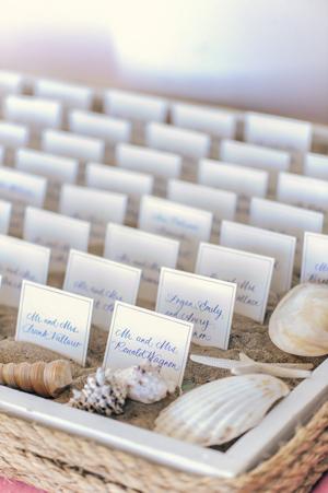 Tableau-de-mariage_escort-cards-tema-mare_Matrimoni-con-laccento_Roberta-Patane