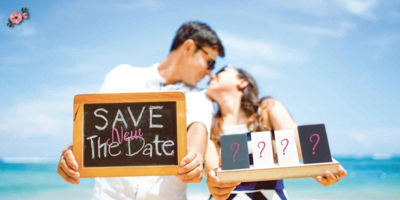 Sposi che comunicano la nuova data del matrimonio