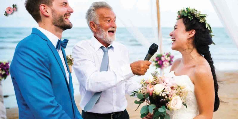 L'amico che celebra il matrimonio