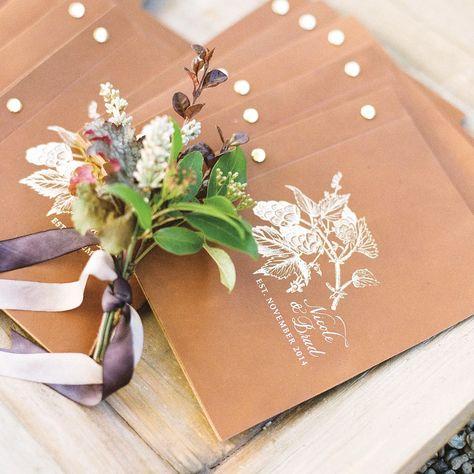 Libretti cerimonia con copertina in pelle e immagine impressa in oro
