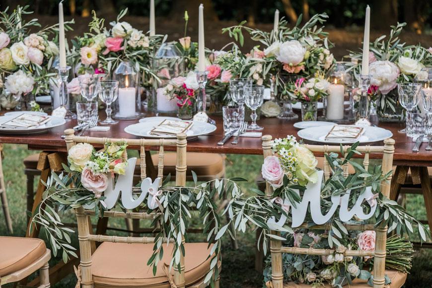 Tavolo imperiale allestito in stile natural chic