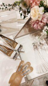 Scarpe e abito da sposa: Sergio Rossi e Peter Langner. Fiori: Profumo di Fiori di Silvia Merli